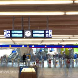 Hal centraal station Arnhem HDR