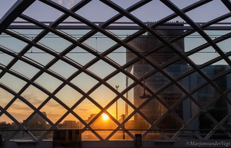 Sunset in The Hague - Den Haag op z&#039;n mooist.<br /> <br /> Iedereen hartelijk dank voor alle reacties &amp; waardering op mijn werk.<br /> <br