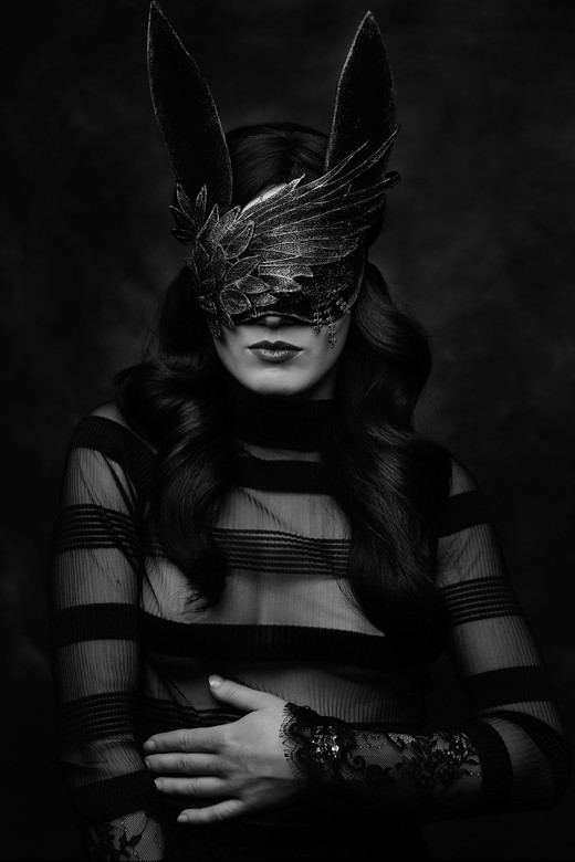 Bunny - Designer/Model: Annicke Shireen<br /> MUAH: Charlotte van Buesekom