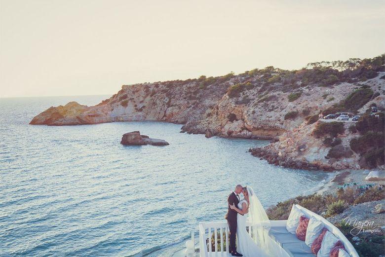 Ibiza 2015 - Zondag terug gekomen van een geweldige week Ibiza, ik mocht een bruiloft vastleggen! <br /> <br /> Hier resultaat 1 ! <br /> <br />