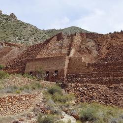 Mina Aljibe Casilla de afvalbergen en stortkokers