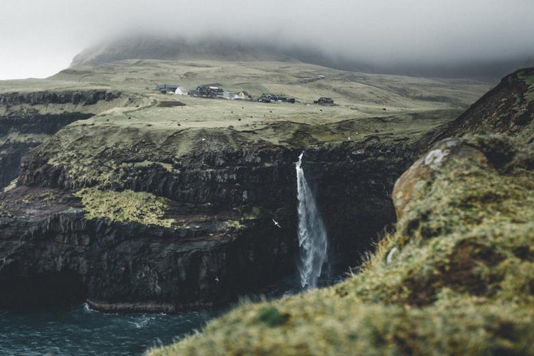 De verstopte waterval - Een klein riviertje dat spontaan een grootse waterval wordt. Een prachtig gezicht.<br /> <br /> Meer foto&#039;s zien? Volg