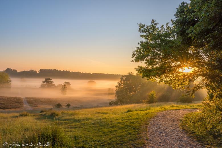 Misty sunrise - Mistige zonsopkomst op de Brunssummerheide.<br /> <br /> Bedankt voor jullie fijne reacties.<br /> Groet, John.