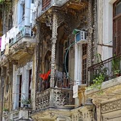 Koloniale gevels in Havana