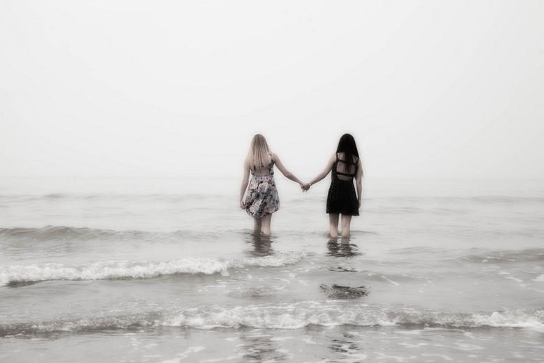 2 meisjes - 2 meisjes