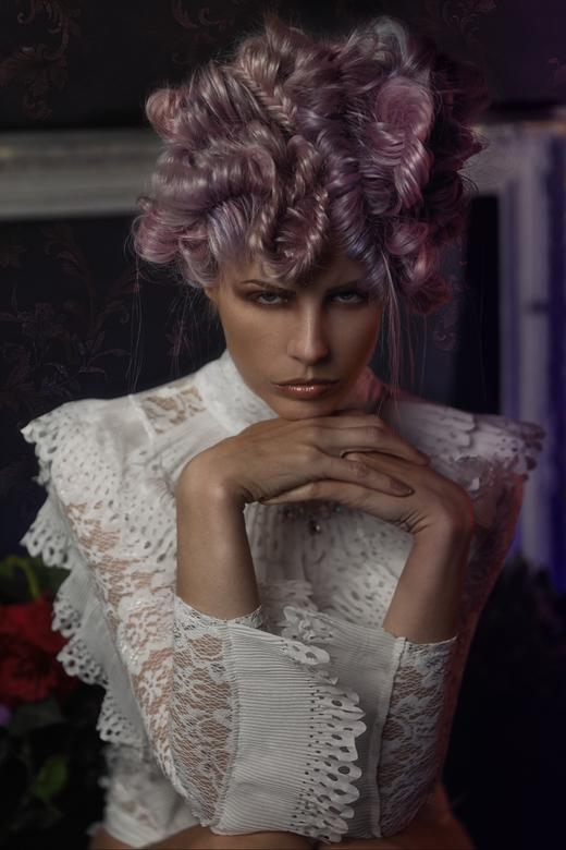 Lara - Model : Lara Aimée<br /> MUAH Kaja Dobroń Make Up Artist<br /> Hair by Sha Vlijter<br /> Photography and styling by me