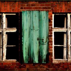 Twee oude vensters