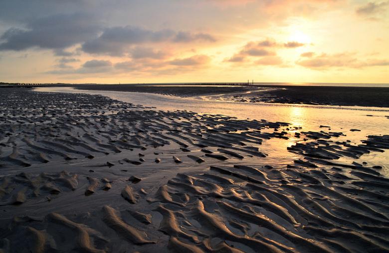 Avondstrand in Zeeland - Zonsondergang aan het Zeeuwse strand