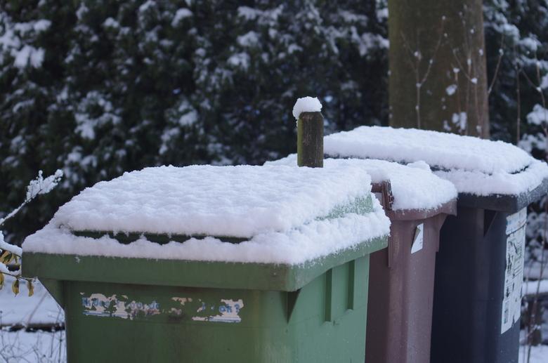 Kliko's in de winter - Vuilnisbak<br />