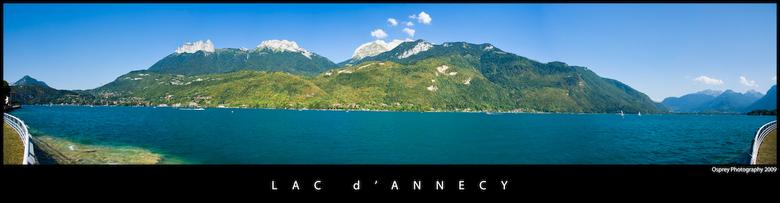 Lac d'Annecy III - Panorama van het meer van Annecy. Afgelopen zomer gemaakt, en nu eindelijk bewerkt en klaar voor upload.<br /> Het meer is bij zon