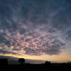 Zonsondergang bijzonder wolkendek