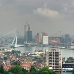 Rotterdam vanaf de Euromast overdag
