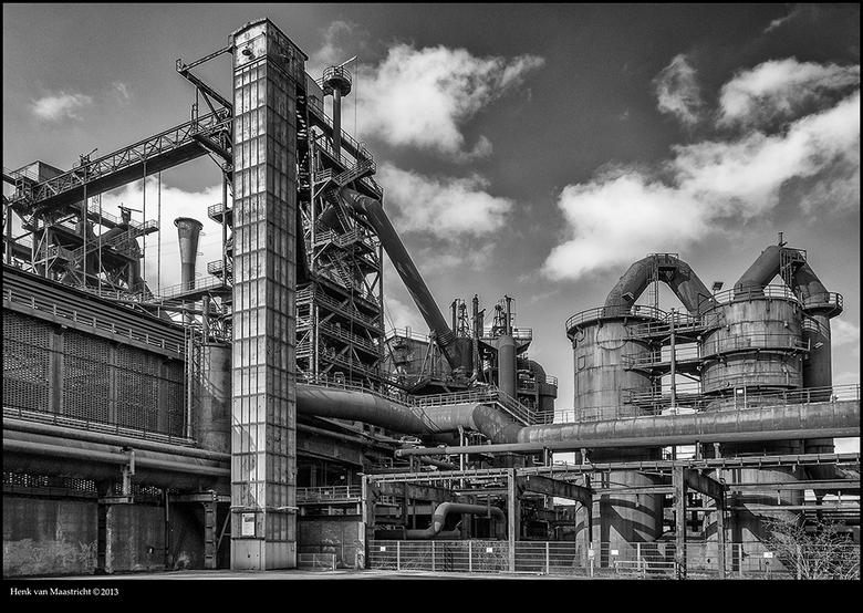 """Zoomfoto 3301 - Alvast deze voor vrijdag zit dan in Duisburg.<br /> nog maar 32 foto&#039;s te gaan 3333 is een leuk getal.<img  src=""""/images/smileys"""