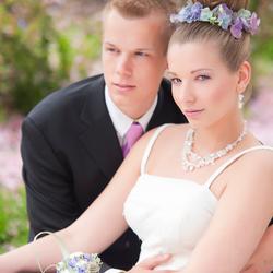 Kim en Mike trouwen roze paars tinten