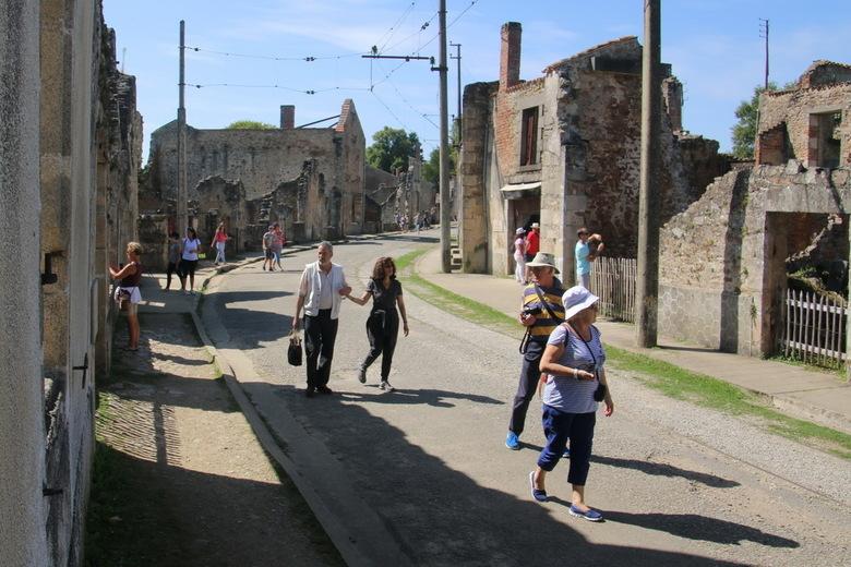 Oradour sur Glane 11 - Bekijk al mijn foto&#039;s van Oadour-sur-Glane op:<br /> http://tinyurl.com/oradour2017