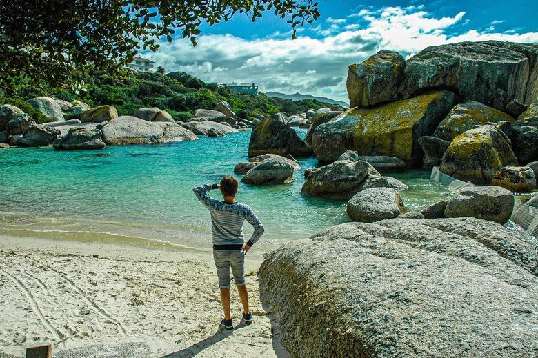 South- African Bay - Een Zuid-Afrikaanse baai met prachtige grote rotsen