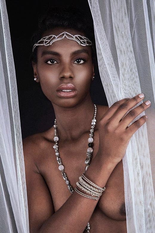 African Princess - Mayvi