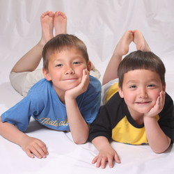 2 broers