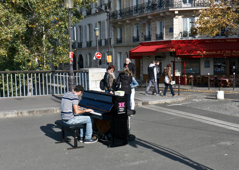 Pianoplayer - Pianoplayer in Paris