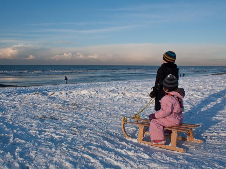 Tot de zee bevriest - Een perfecte plek om sleetje te rijden, en nog een prachtig uitzicht ook!