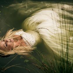 bruid in 't water 2
