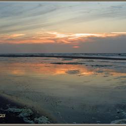 Zonsondergang op het strand van Ameland