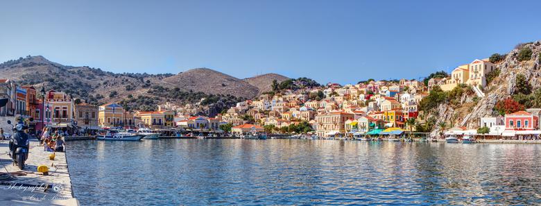 Panorama van het eilandje Simy - Vorige week terug van een weekje Rhodos. Heerlijk die temperatuur en cultuur op dat mooie Griekse eiland.<br /> <br