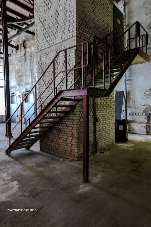 Trap in Oude suikergebouw te Groningen - 201508299968 Trap in Oude suikergebouw te Groningen