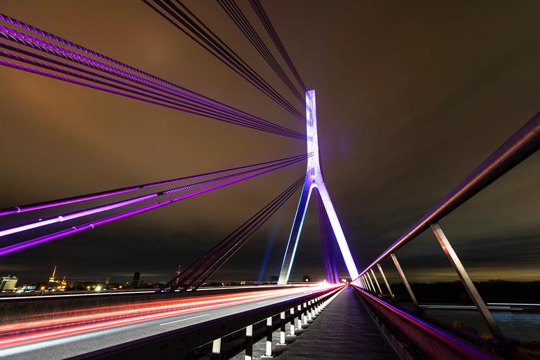 Rijnbrug - Brug over de rijn