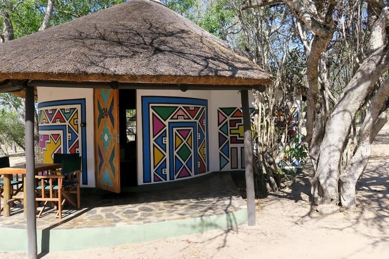 Mijn Reizen - We verblijven twee dagen in  het Krugerpark   en ik kreeg een  een stijlvolle  safari lodge  als je het zo  zie ben je benieuwd hoe het