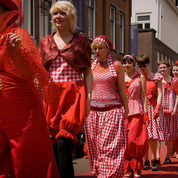 Een Rode Draad - modeshow parade