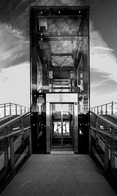 Rondje Utrecht 19 - Lift op de Moreelsebrug