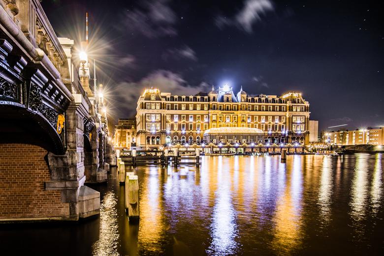 Amstel Hotel - Amstel hotel in Amsterdam. iso 100 F5,6 8 Sec, 16 mm