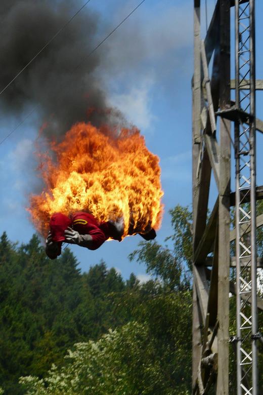 Katonka in FortFun - Duikshow in Pretpark FortFun in het Sauerland. Deze sprong en de sprong van 25 mtr hoogte waren de toppers.