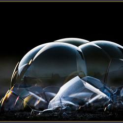 zeepbellen klitten ineen...