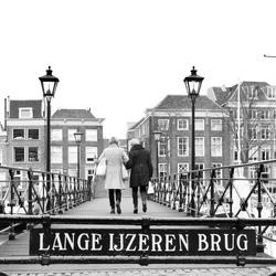 De lange ijzeren brug