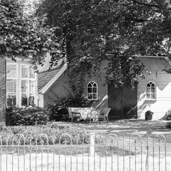 IMG_4233 B&W old farm