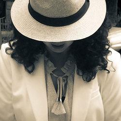 Met hoed