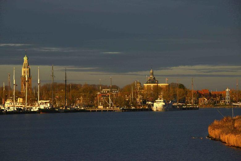 Enkhuizen - Enkhuizen vanaf het IJsselmeer.