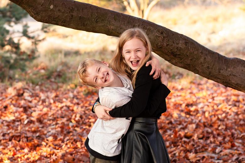 Brother Sister Love Portret Foto Van Jolienfotografie Zoomnl