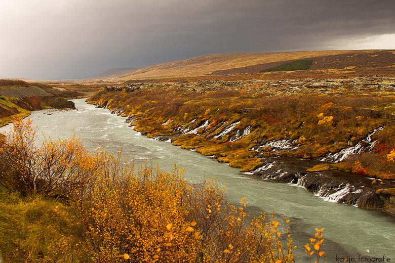ijsland - Ijsland Hraunfossar-Barnafoss