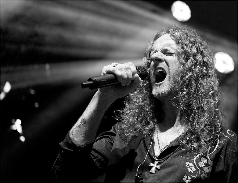 KnightArea 161 - Jan Willem Ketelaers, (nieuwe) zanger van de band Knight Area tijdens hun concert in Luxor Live te Arnhem d.d. 6-10-2019 ter gelegenh