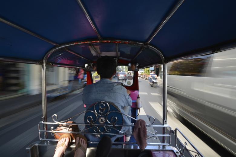 high speed tuktuk -