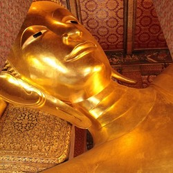 Wat Pho's Phra Vihara of the Reclining Buddha
