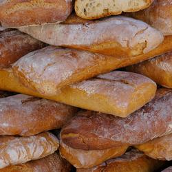 Brood, markt Saillans, Frankrijk