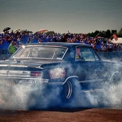 Full Throttle Burn Out!!!