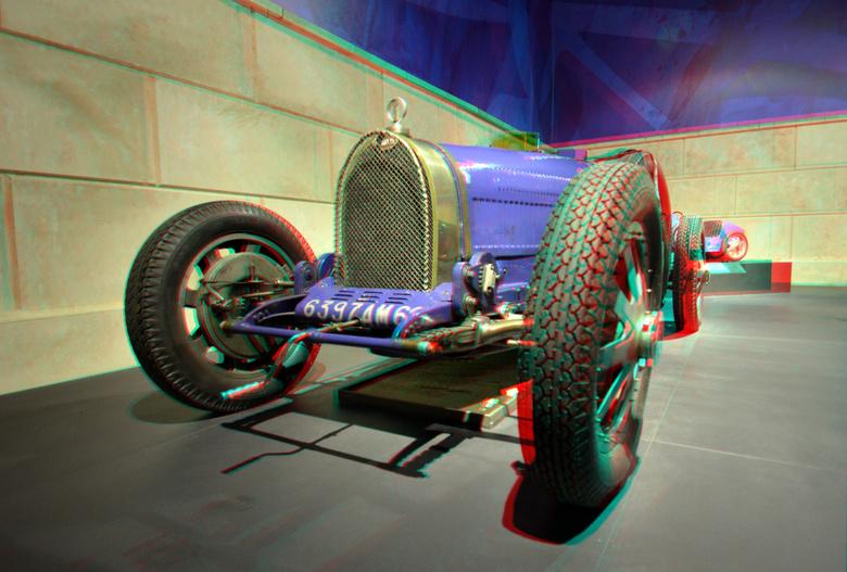 Louwman Museum 3D - Louwman Museum 3D<br /> Bugatti  anaglyph stereo red/cyan<br /> D7000 cha-cha