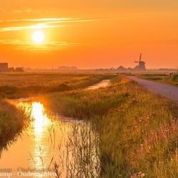 Sunrise in the Dutch polder