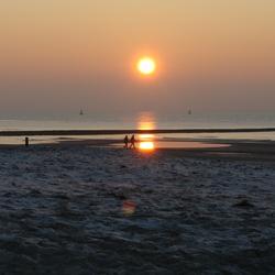 Zonsondergang noordzee Texel