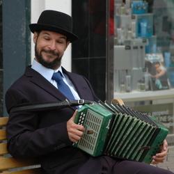 lollige straat accordeonist